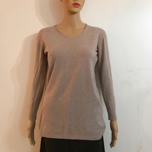 V neck Sweater with beautiful open stitch details